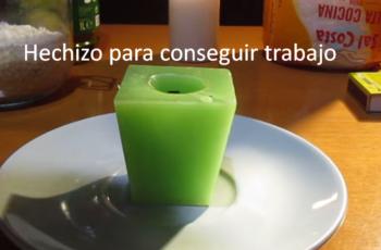 Hechizo-para-conseguir-trabajo-con-una-vela-verde