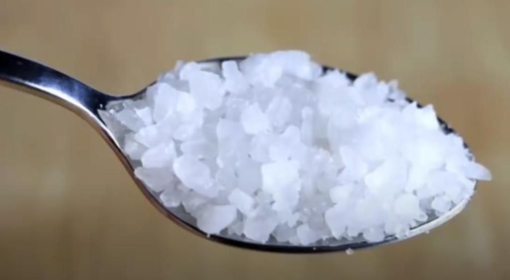 cucharada de sal marina